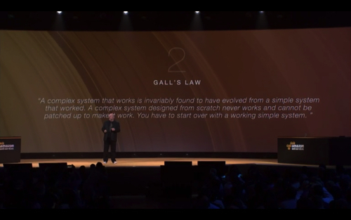 aws-reinvent-2015-keynote2nd_009