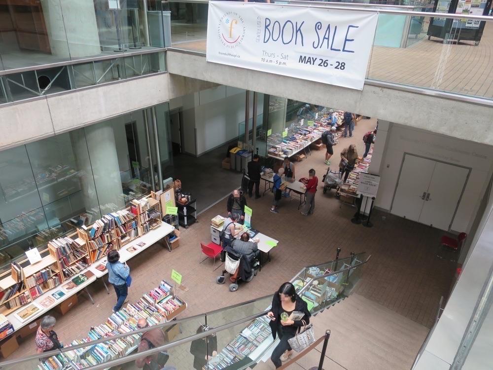Book Saleの様子