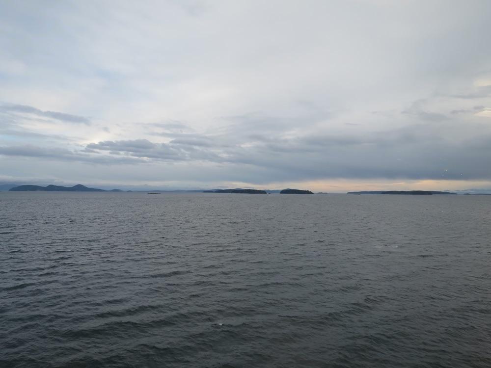 フェリーから見えた島