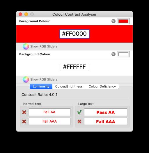 白地に赤い文字でチェックした結果。Fail AAと表示されている。